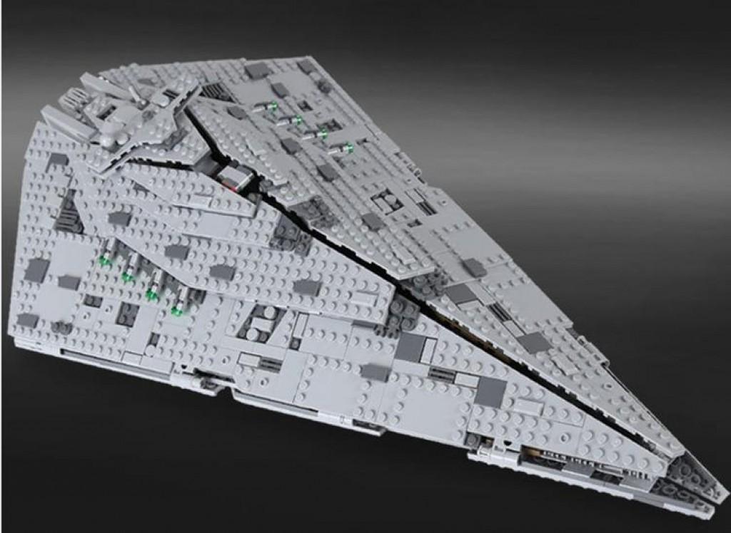 Lego kompatibilis, Star Wars, Első rendi Csillagromboló, First Order Star Destroyer, új Az építőjátékot eredeti doboz nélkül, zacskózva, összerakási útmutatóval együtt adom. Tudom postázni ill Foxpost-tal küldeni. Mindkettőnél lehetséges az utánvétel is. Foxpost esetén nincs postaköltség. - 1