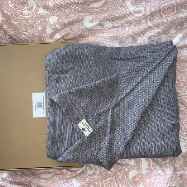 images/products/2020-09-10/cropped_eladova-valt-brendonos-parszor-hasznalt-hordozo-kendo-sajnos-a-gyerkoc-nem-marad-mar-meg-benne-ajanlott-kor-ho-0-poziciok-csipon-hordozo-pozicio-elore-nezo-pozicio-hati-hordozo-pozicio-szuelo-10972_0_1599725519.jpeg