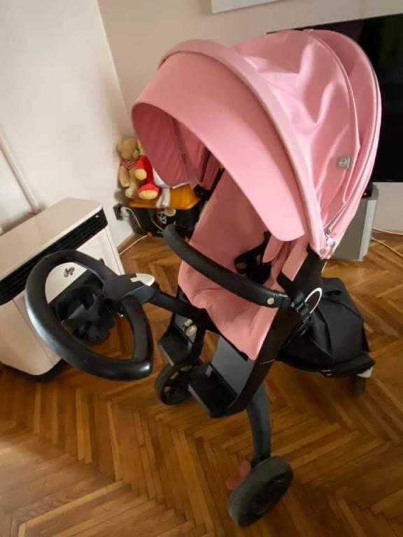 Stokke Xplory V6 rózsaszín sport üléssel,xxl kupolával,szúnyoghálóval, alsótáskával,pohátartóval, esővédővel, s az egyszer sem használt napernyővel együtt.  Garanciás , 2022 agusztusig Ár: 250 000ft - 1