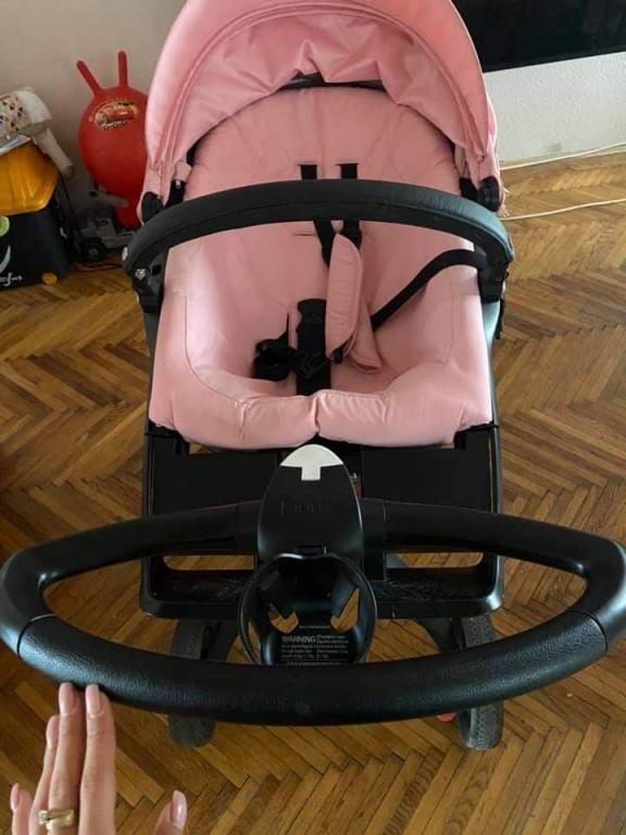 Stokke Xplory V6 rózsaszín sport üléssel,xxl kupolával,szúnyoghálóval, alsótáskával,pohátartóval, esővédővel, s az egyszer sem használt napernyővel együtt.  Garanciás , 2022 agusztusig Ár: 250 000ft - 2
