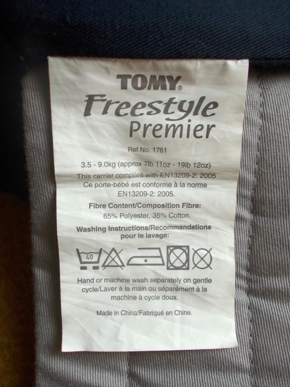 Tomy Freestyle Premier babahordozó, baba-nyaktartó párnával. Hibátlan újszerű állapotban. Használható újszülött kortól (3,5kg) 9 kg –ig. Hosszú távon is kényelmes a babának és a mamának egyaránt. Állítható széles párnázott vállpántok, deréköv. - Állítható méret a baba növekedésének megfelelően. 2 hordozó pozíció lehetővé teszi, hogy a baba befelé vagy kifelé (3 hónapos kórtól) nézve is kényelmesen hordható legyen. Folt és szakadásmentes. Mosógépben mosható. Átvétel Vokány, Siklós, Pécs megbeszélés szerint. Máshol is hirdetem. - 1