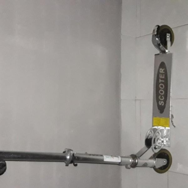 images/products/2021-02-14/cropped_scooter-roller-szep-allapotuhibatlan-14709_0_1613334172.jpg
