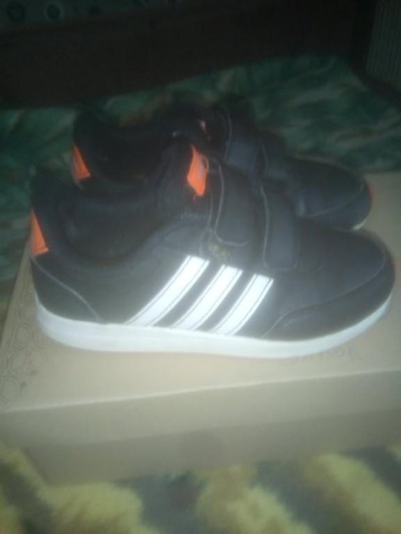 Eladó 32 méretben gyermek cipő - 0