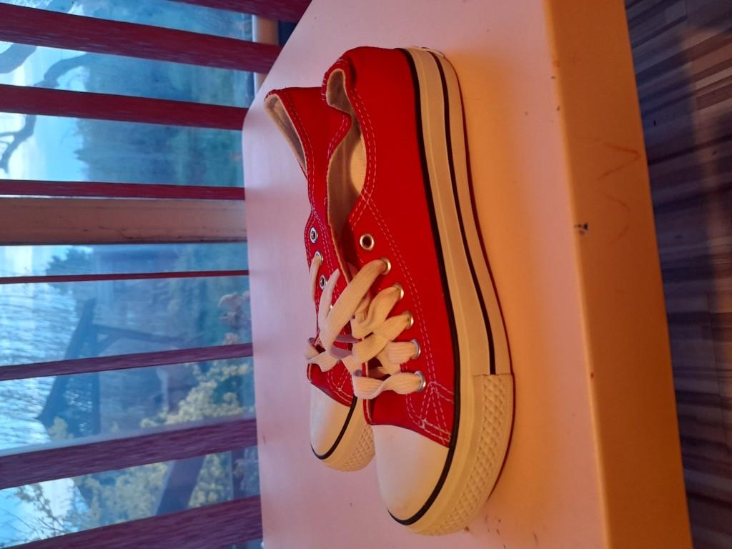 Converse tornacipő piros, új eladó - 0