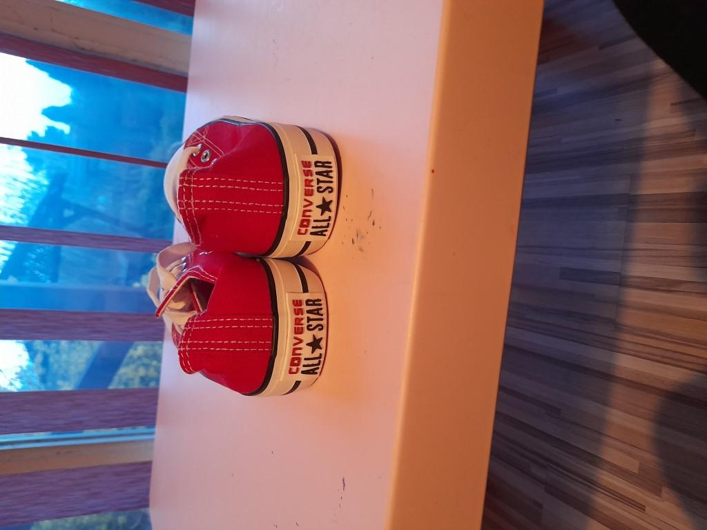 Converse tornacipő piros, új eladó - 2
