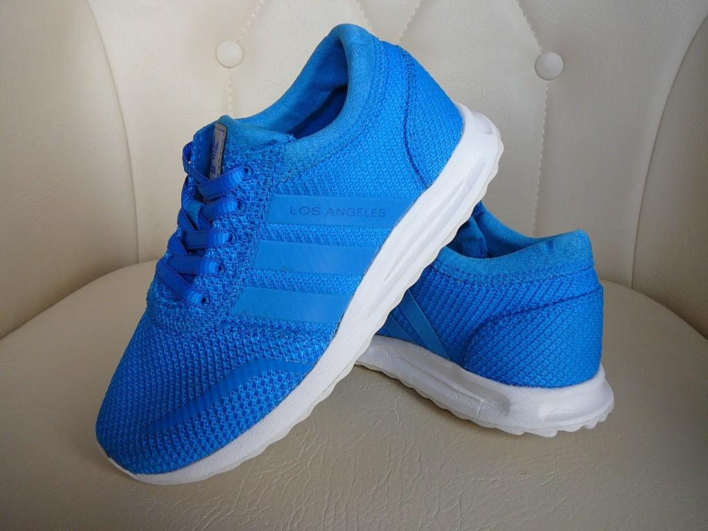 29-es ( UK 11K ) Adidas Originals Los Angeles sportcipő eladó. -Állapot: eredeti, hibátlan, 1x volt lábon. -Pille könnyű! ( 255 gramm ) -Ár:7.500Ft fix ) -Személyes átvétel / próba Pécsett. -Előre utalás esetén, postán maradó küldeményként +915Ft-ért megy. -Foxposttal automatába +1.099Ft a szállítás. - 0
