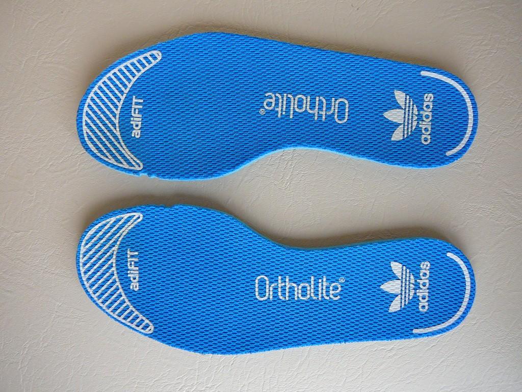 29-es ( UK 11K ) Adidas Originals Los Angeles sportcipő eladó. -Állapot: eredeti, hibátlan, 1x volt lábon. -Pille könnyű! ( 255 gramm ) -Ár:7.500Ft fix ) -Személyes átvétel / próba Pécsett. -Előre utalás esetén, postán maradó küldeményként +915Ft-ért megy. -Foxposttal automatába +1.099Ft a szállítás. - 1