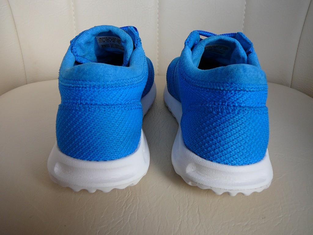29-es ( UK 11K ) Adidas Originals Los Angeles sportcipő eladó. -Állapot: eredeti, hibátlan, 1x volt lábon. -Pille könnyű! ( 255 gramm ) -Ár:7.500Ft fix ) -Személyes átvétel / próba Pécsett. -Előre utalás esetén, postán maradó küldeményként +915Ft-ért megy. -Foxposttal automatába +1.099Ft a szállítás. - 2