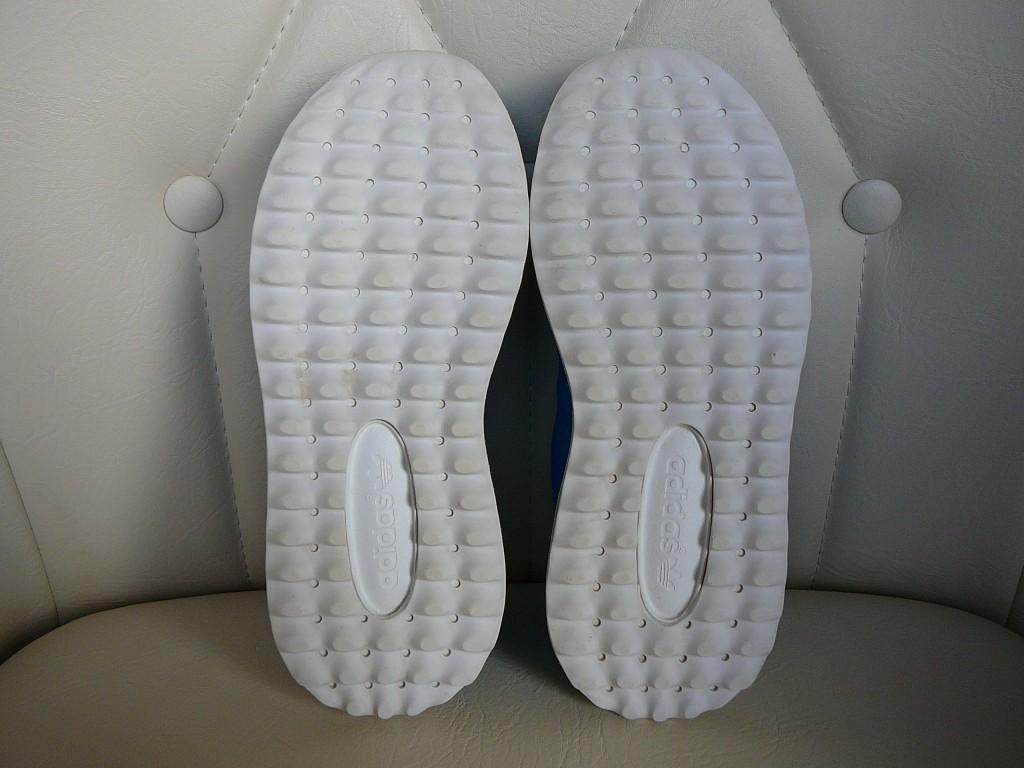 29-es ( UK 11K ) Adidas Originals Los Angeles sportcipő eladó. -Állapot: eredeti, hibátlan, 1x volt lábon. -Pille könnyű! ( 255 gramm ) -Ár:7.500Ft fix ) -Személyes átvétel / próba Pécsett. -Előre utalás esetén, postán maradó küldeményként +915Ft-ért megy. -Foxposttal automatába +1.099Ft a szállítás. - 3
