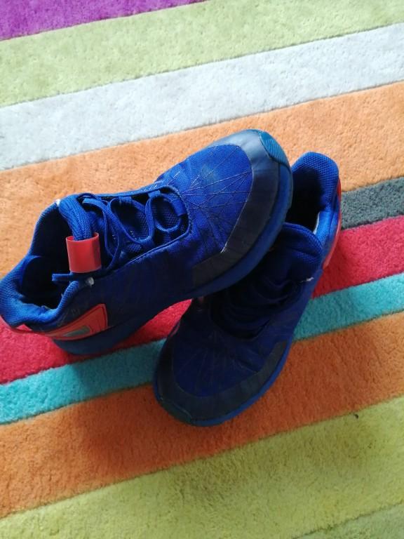 MARVEL ADIDAS cipó, jó állaptban eladó.  - 2